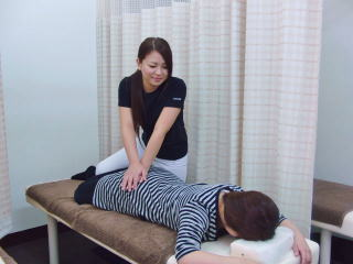 骨盤矯正の施術3