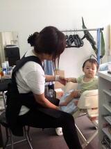 スタッフと赤ちゃん